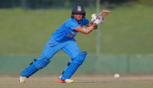 Ganguly praises Harmanpreet Kaur, terms India favourites to win WC