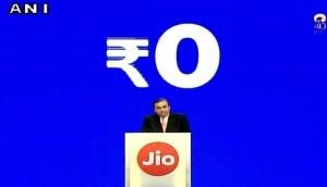 Reliance AGM: Mukesh Ambani launches VoLTE feature JioPhone at price of Rs. 0