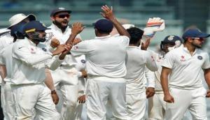 Virat Kohli praises blowers for their performance on batting-friendly pitch