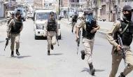 कश्मीर में हथियार और गोला-बारूद के साथ 3 गिरफ़्तार