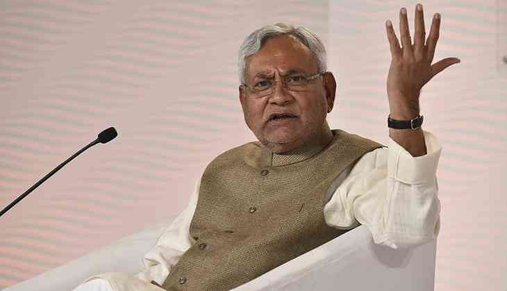 Experts slam Nitish for 'selective morality', say Oppn unity can work without him