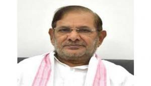JD-U President Sharad Yadav refuses to comment on Bihar situation