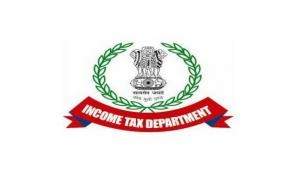 I-T raid: Rs 50 crore recovered from corrupt UP Govt engineer