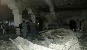 अफ़ग़ानिस्तान: आत्मघाती हमलावर ने मस्जिद में घुसकर की फायरिंग, 29 की मौत