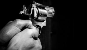 8-year-old boy 'accidentally' shoots himself while clicking selfie