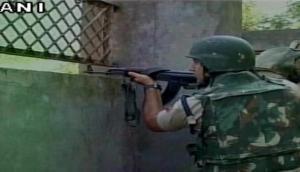 जम्मू-कश्मीर में सुरक्षाबलों और आतंकियों के बीच मुठभेड़ में 4 जवान शहीद, 2 आतंकी ढेर