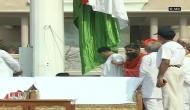 Baba Ramdev unfurls 100 ft tricolour