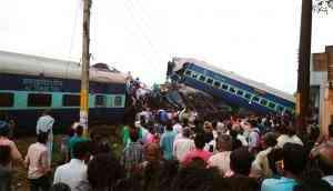 Utkal Express derails in Khatauli near Muzaffarnagar; 23 dead, dozens injured