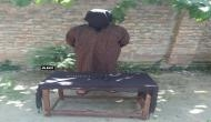 कश्मीर में हथियारों के साथ हिजबुल का आतंकी गिरफ़्तार