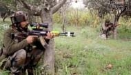 जम्मू-कश्मीर: बारामूला में आतंकियों और सुरक्षाबलों के बीच मुठभेड़ जारी