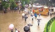 पानी-पानी हुआ मुंबई, महाराष्ट्र में बारिश से जनजीवन अस्त-व्यस्त