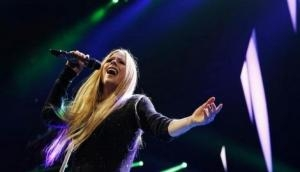 Avril Lavigne almost ready with new album after 'long recovery'