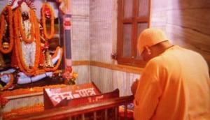 Adityanath offers prayers at Gorakhpur temple, to be part of Ganesh Utsav today