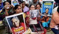 हजारों लोगों ने गौरी लंकेश को दी नम आंखों से अंतिम विदाई