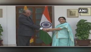 Sri Lankan Foreign Minister meets Sushma Swaraj
