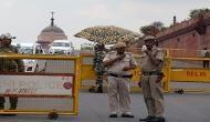 दिल्ली पुलिस के जवान को किडनैप कर पिस्टल छीना और बस से फेंक कर भाग गए बदमाश