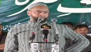 Owaisi urges party workers to uproot BJP, Congress from Telangana