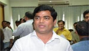 FIR filed against Goa Congress leader Chandrakant Kavlekar, wife in DA case
