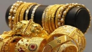 Gold drops Rs 250, silver below Rs 41,000/kg