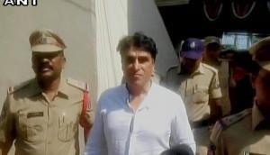 'Chennai Express' producer Kareem Morani surrenders before police in rape case