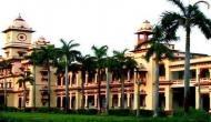 बीएचयू कांड: हॉस्टल खाली कराने के बाद सेमेस्टर एग्ज़ाम भी हुए रद्द