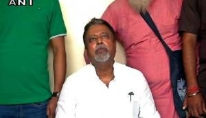 Mukul Roy gives jolt to Mamata, to resign from RS and TMC after Durga Puja