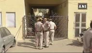 दिल्ली में निर्मम हत्याकांड, एक ही घर में 4 महिलाओं समेत सिक्योरिटी गार्ड का मर्डर