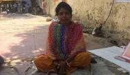 दे रही है धरना, 2 करोड़ देकर पीएम मोदी से शादी करना है सपना