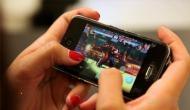 अगर मोबाइल पर गेम खेलते हैं तो हो जाएं सावधान