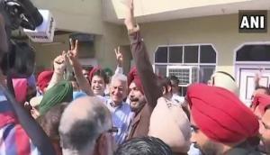 Gurdaspur Lok Sabha bypoll: Congress' Sunil Jakhar wins by 1.9 lakhs votes, Amarinder congratulates