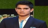 Sachin Tendulkar's son Arjun Tendulkar bowls to Indian cricket team in the nets