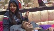 Bigg Boss 11: Akash says 'I love you' to Dhinchak Pooja, here's how 'internet sensation' reacted