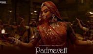 VIDEO: विवादित 'पद्मावती' के गाने पर जमकर झूमीं मुलायम सिंह की बहू