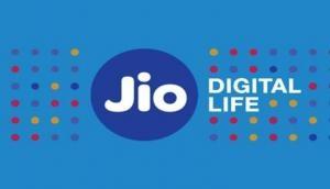 खुशखबरीः Jio दे रहा 3,300 रुपये तक का सरप्राइज कैशबैक ऑफर