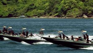 Sri Lankan Navy apprehends 27 Indian fishermen, 4 boats
