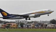 जेट एयरवेज अपने पायलट्स और इंजीनियर्स इंस्टॉलमेंट्स में देगा सैलरी