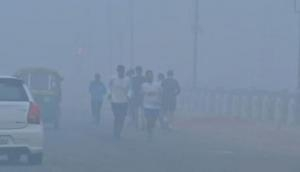 Smog continues to blanket Delhi, residents face breathing problems