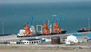 Chinese firm halts CPEC project over fund issues with Pak gov