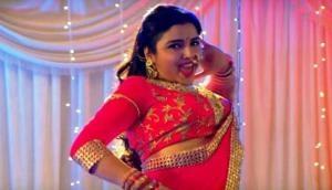 Bhojpuri song 'Raate Diya Buta Ke' has crossed 10 Crore views and created a unique record on YouTube