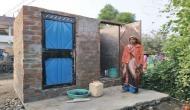 इस आदिवासी महिला ने शौचालय बनाने के लिए किया कुछ ऐसा कि बन गई मिसाल