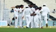 कोलकाता टेस्ट: टीम इंडिया के बल्लेबाजों ने श्रीलंका के सामने किया समर्पण