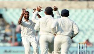 IND vs SL: कोलकाता टेस्ट हारने से बचा श्रीलंका, ड्रॉ हुआ पहला टेस्ट