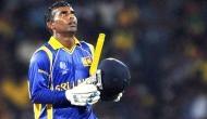 VIDEO: क्रिकेट इतिहास का सबसे मजाकिया शॉट, हंस-हंस कर लोटपोट हो जाएंगे