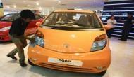 Nano कार पर Tata Motors ने लगाई लगाम, जून में बनी सिर्फ एक गाड़ी