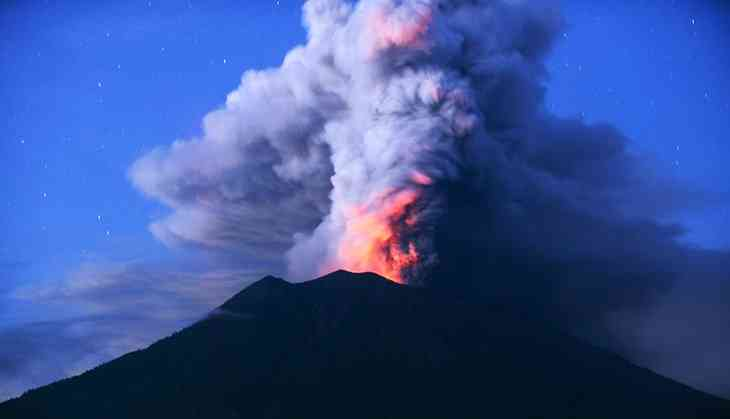 In Photos: Smoke and red lava as seen on Mount Agung in Bali