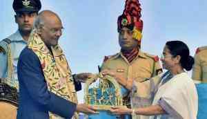 Setting politics aside, Mamata and President Ram Nath Kovind display an unusual bonhomie