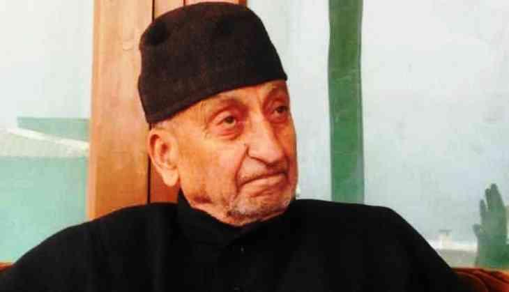 Forget history, move beyond UN resolutions: Hurriyat leader Abdul Gani Bhat