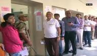 गुजरात विधानसभा चुनावः ईवीएम में गड़बड़ी की शिकायतों के बीच फर्स्ट डिवीजन पास हुए मतदाता