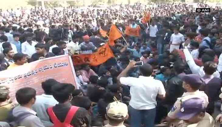Stir over CBIT fee hike continues, ABVP activists also present