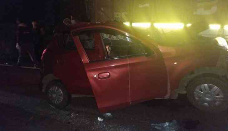 Four killed in a car crash at Pune-Bangalore Highway